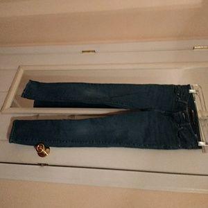 Levis classic rise slim light wash jeans size 25